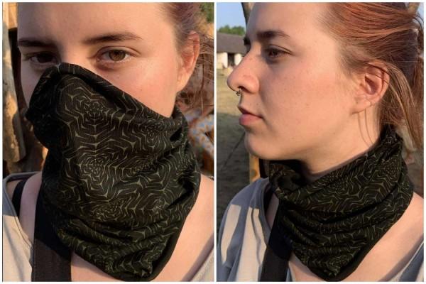 Dust Mask or Neck Warmer - Molekula Mono black Symbolika